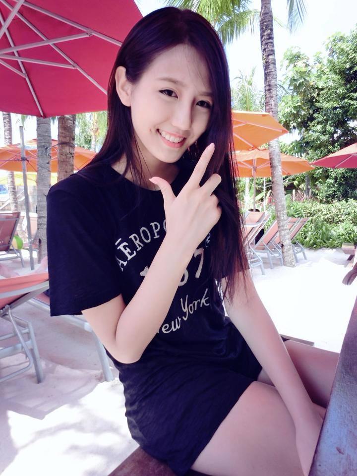 http://joycechufans.com/blog/singapore02.jpg